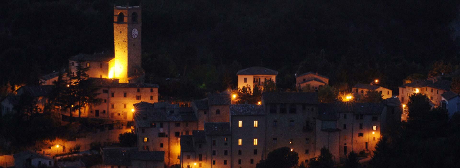 macerata-feltria-panoramica-notturna